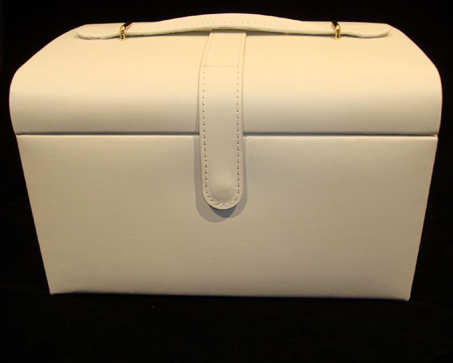 Ivory Leather Jewellery Case