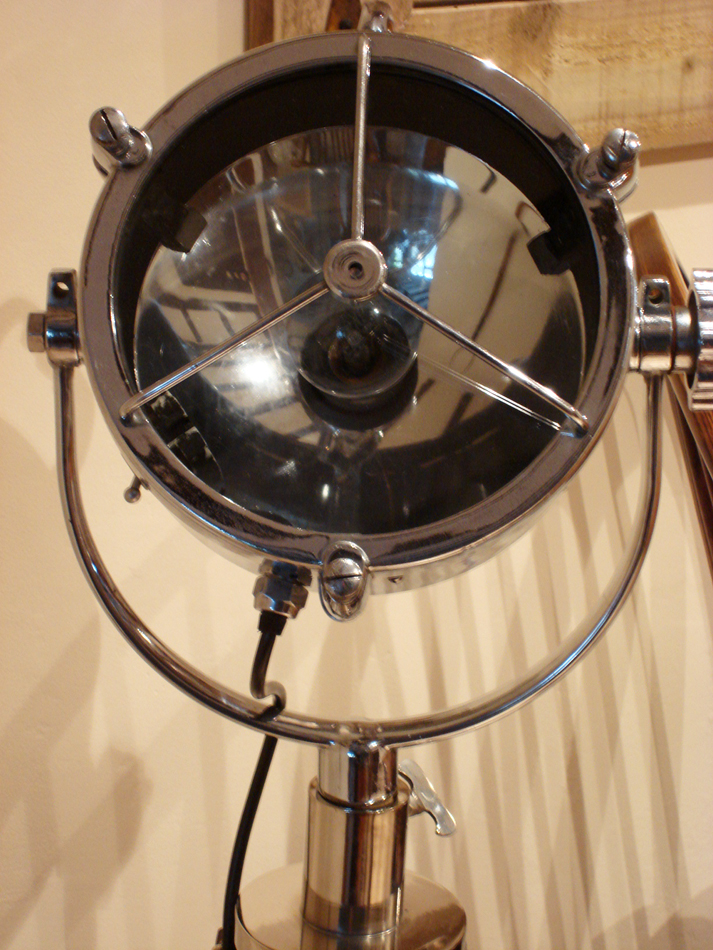 "Vintage 9"" Francis Searchlight"