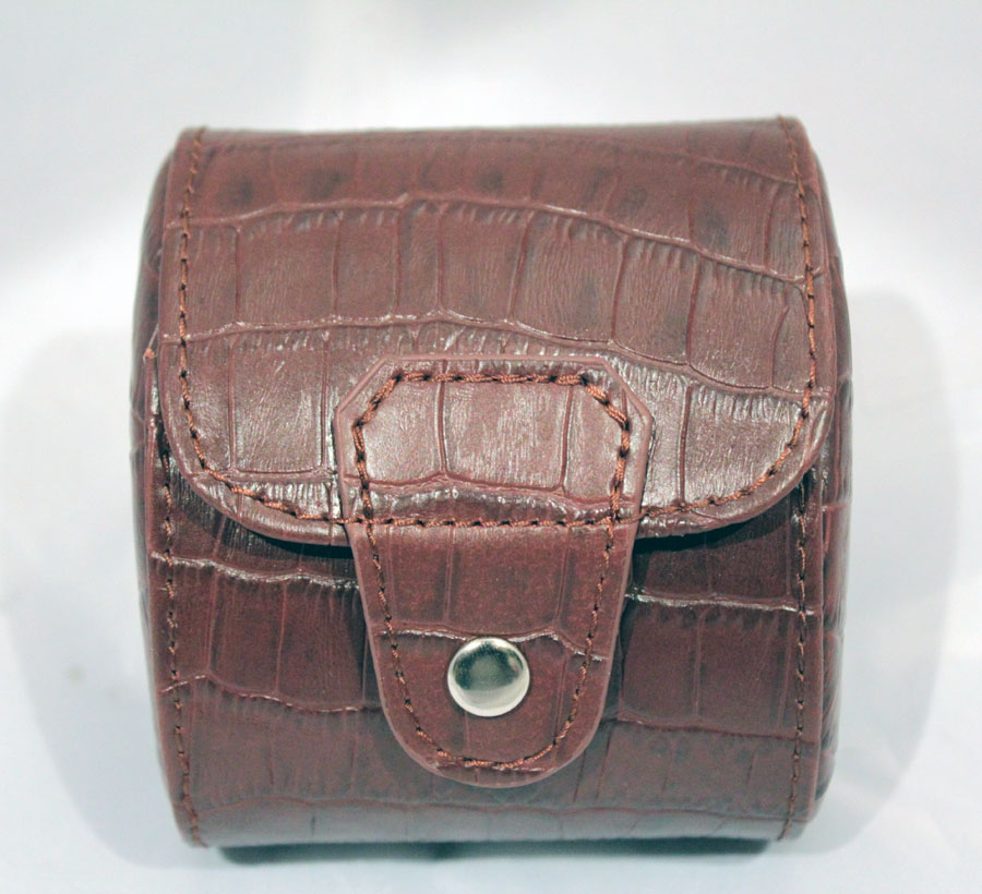 1 Brown Leather Watch Travelling Storage Case