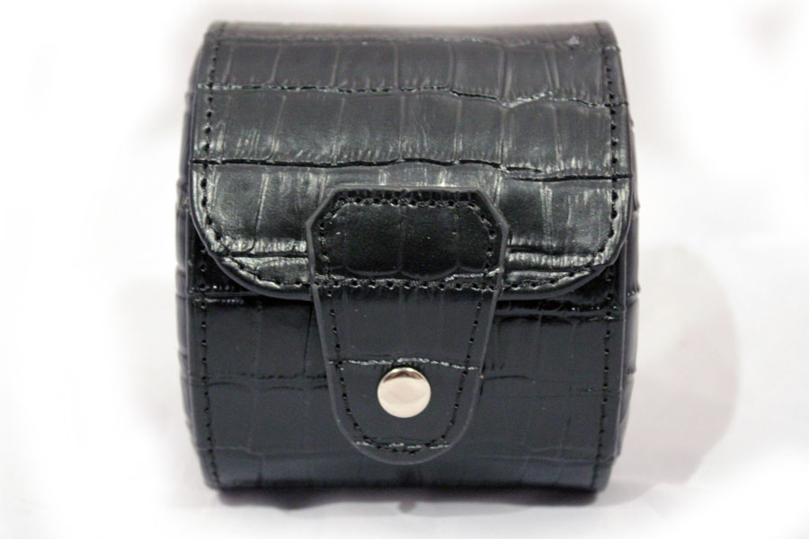 1 Black Leather Watch Travelling Storage Case