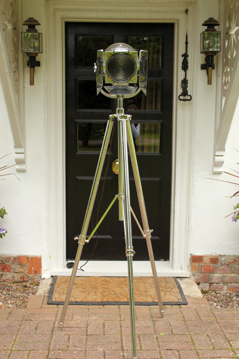 Vintage Strand PATT 123 with Barndoors & Stainless Steel Tripod